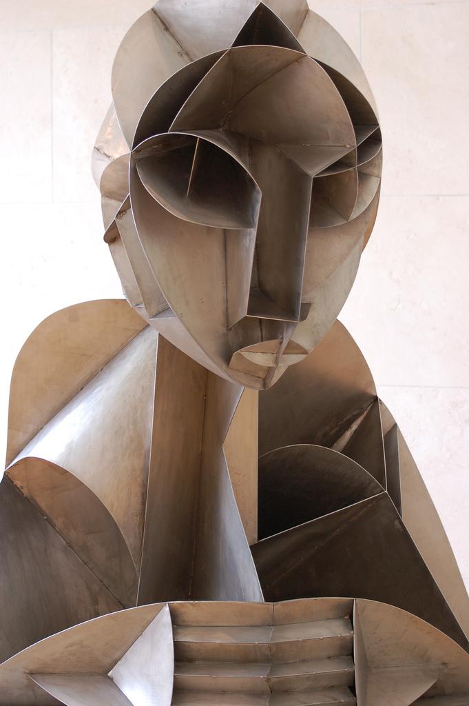 gabo head