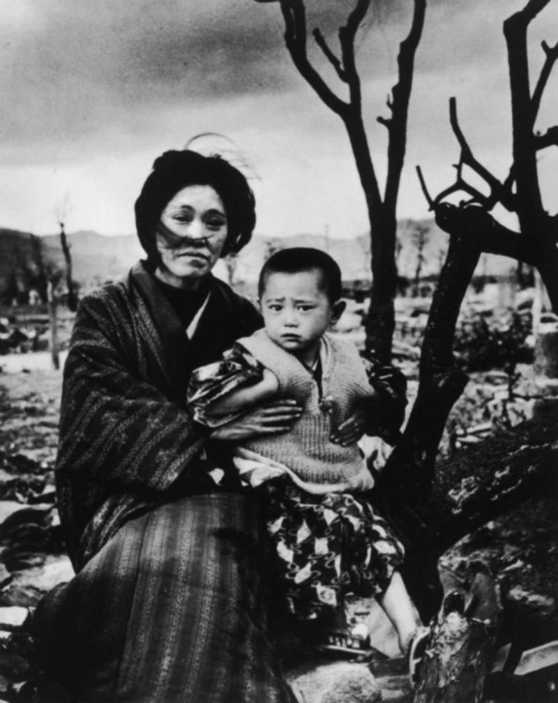 the events in 1945 during the atomic bombing of hiroshima in japan by the us Then, bombs were dropped on two unsuspecting japanese cities  the atomic  bomb that was dropped over hiroshima, japan, on aug 6, 1945  because one  early component of the project was based in the us army's.
