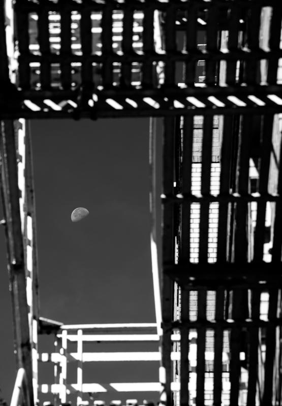greenwich moon