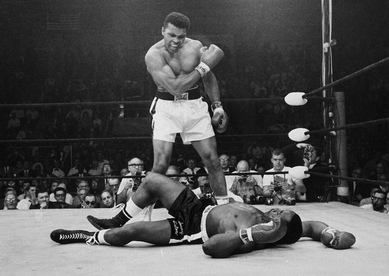 Ali defeats lLston by Gordon Parks