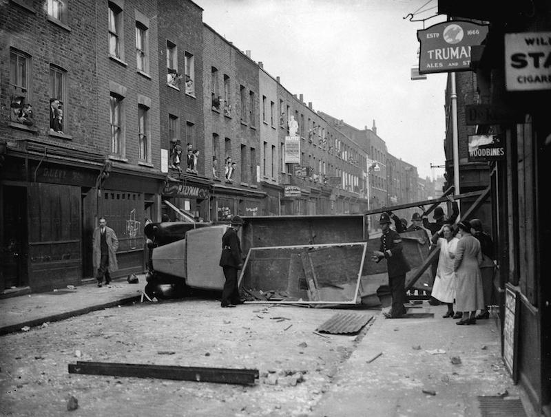 battle-of-cable-street-5