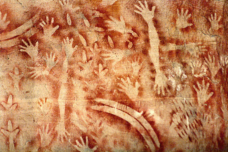 Australian indigenous art Carnarvon Creek Gorge Queensland 3500 yo